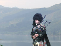 Learn how to play the  bag pipes